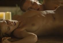Silvie Deluxe Krásny romantický sex pri sviečkach (HD porno)