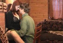Syn jebe matku na chate – ruské incest porno