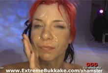 Brutálna bukkake párty s nemeckou červenovláskou (HD porno)