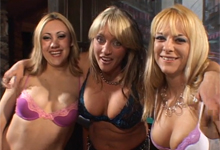 Lesbické trio v akcii (HD porno)