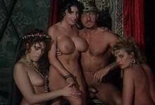 Orgie na kráľovskom dvore – staré porno