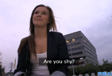 Český sex za peniaze s roztomilou devätnástkou (HD porno)