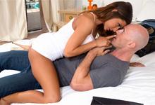 Pornokalendár (Gašpar 291) – Madison Ivy mrdá so ženatým mužom (HD porno)