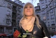 Český Public Agent a roztomilá servírka Szilvija (HD porno)