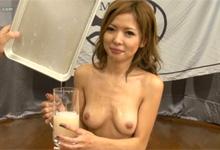 Bukkake Aziatka vypije semeno od 220 chlapov (HD porno)