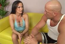 Pornokalendár (Iveta 275) – Mamina Stephanie Wylde a svalnatý tréner
