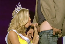 Pornokalendár (Štefánia 78) – Americká Miss Nicole Aniston sexuje s porotcom