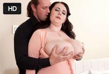 Česká bacuľka Anna Beck, alebo obrovské prsia v akcii
