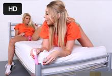 Lexi Lowe a Sami J Lesbické hry vo väzenskej cele