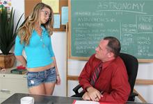 Sex v triede, alebo šprtka Staci Silverstone a profesor Alex Knight