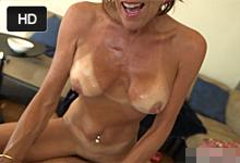 44ročná mature so zachovalou postavou mrdá pred kamerou na súkromnom castingu