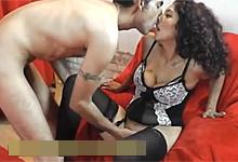 Vášnivý Rómsky pár sa sexuálne uspokojuje v castingovom porne!