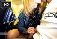 Rýchly, tajný handjob v lietadle!