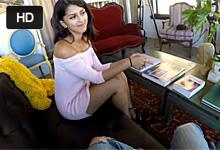 Chalan si natočí trtkačku s krásnou babenkou z eskortu (Sophia Leone)