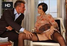 Eva Black Pracovná schôdzka skončí tvrdým análnym sexom!