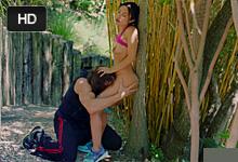 Neverná panička Kaylani Lei análne súloží s osobným trénerom