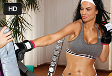 Jasmine Jae Análny creampie an súkromnom tréningu boxu