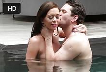 Horúca erotika na svadobnej ceste Stella Daniels nežne súloží pri hotelovom bazéne!