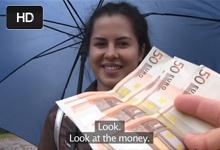 Ruská nevernica Cassie Fire sa nechá fiknúť za peniaze českým lovcom žien!
