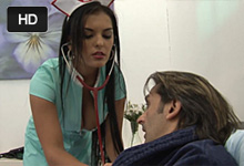 Rumuská sestra zvedie na súlož bohatého pacienta v domácom liečení (Jasmine Black)