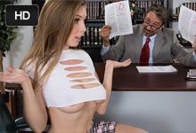 Prsnatá študentka jebe s profesorom kvôli lepšiemu prospechu! (Lena Paul a Steve Holmes)